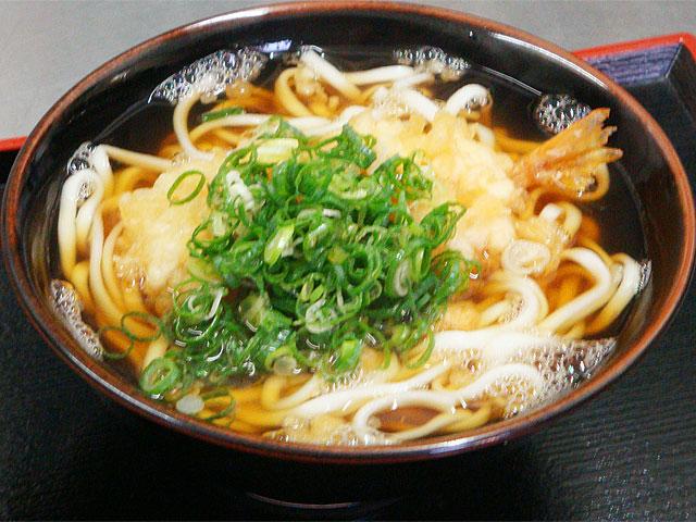 天ぷらうどん 735円